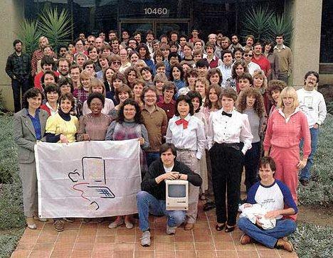Steve Jobs et l'équipe du Mac